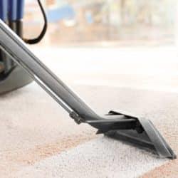 Teppichboden richtig reinigen